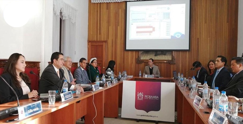 Trabajo de las comisiones del Concejo Municipal de Riobamba