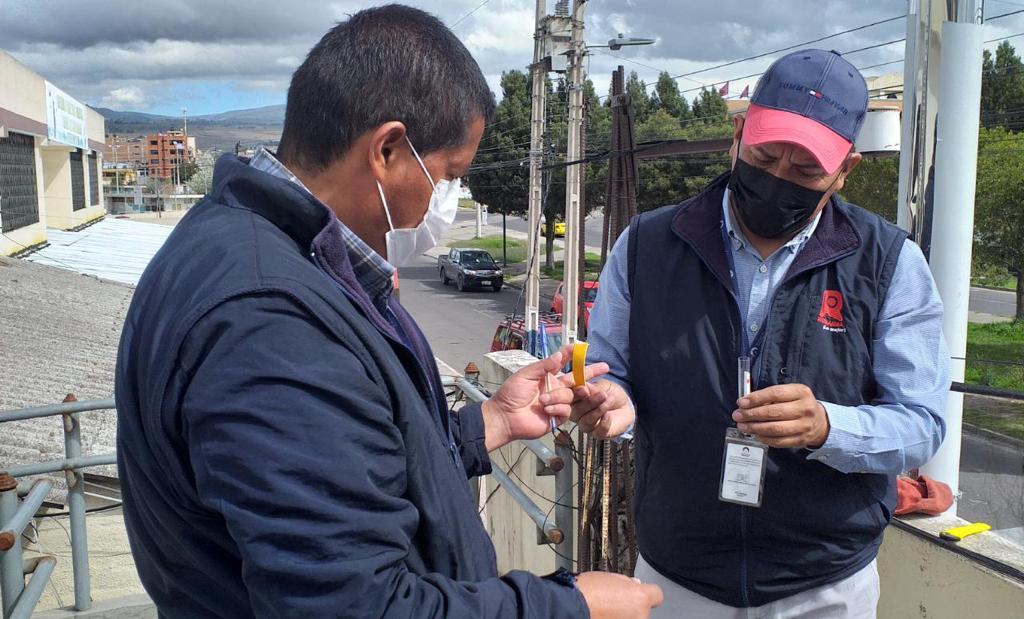 Inicia proceso de análisis de muestreadores del índice de la calidad del aire en Riobamba