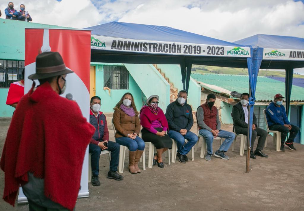 Comunidad Shanaycún de la parroquia Pungalá cuenta con internet gratuito